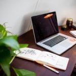 carnet laptop pour expressions mots clés longue traîne seo